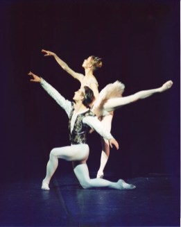 Makarova's La Bayadere at the London Coliseum, 2000
