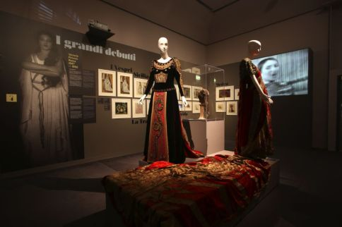 Maria Callas's costumes - photo by Davide Lolli