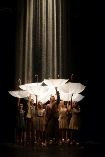 Czech National Ballet in Rain