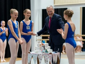 Peter Wright with an early 90th birthday cake after the HRH The Princess Margaret Ballet Competition 2016 at the Francis Holland School, Sloane Square - photo by Fabio Greco