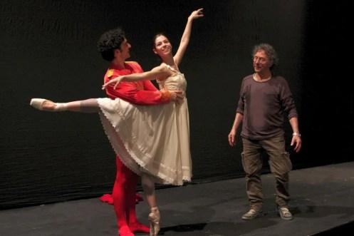 Maria Yakovleva and Alessio Carbone work with Amedeo Amodio at Teatro Massimo, Palermo 2013