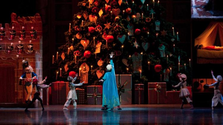 The Nutcracker, The Royal Ballet 2012, photo by Johan Persson