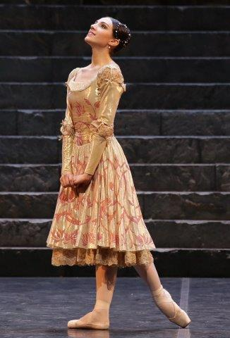 Martina Arduino as Juliet, photo Marco Brescia and Rudi Amisano   Teatro alla Scala 2