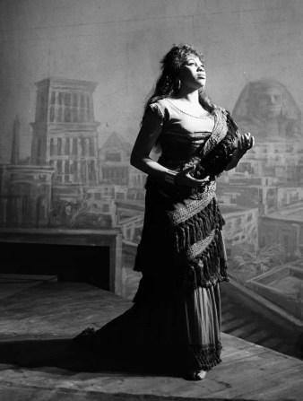 Leontyne Price in Aida 1963 photo Piccagliani 2