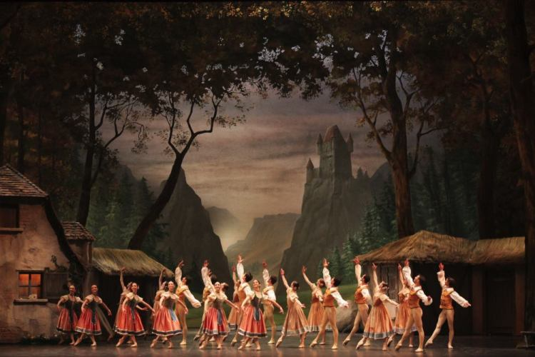 La Scala's Giselle, photo by Brescia e Amisano, Teatro alla Scala