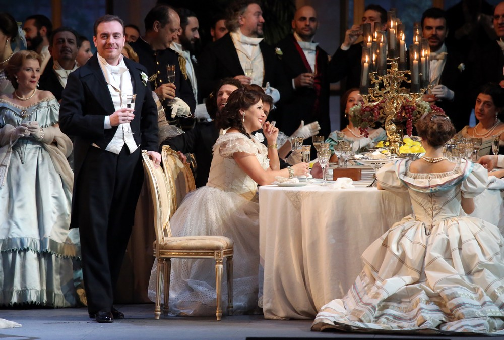 La traviata with Anna Netrebko, Francesco Meli and Leo Nucci © Teatro alla Scala, Amisano e Brescia, 2017 01