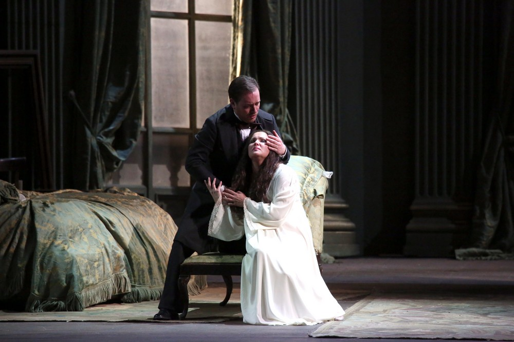 La traviata with Anna Netrebko, Francesco Meli and Leo Nucci © Teatro alla Scala, Amisano e Brescia, 2017 04