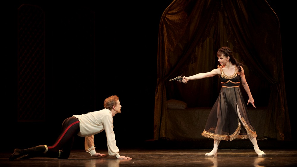 Mayerling. Edward Watson as Crown Prince Rudolf and Natalia Osipova at Mary Vetsera. c ROH, 2017. Photographed by Alice Pennefather. (3)