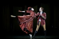 Mayerling. Edward Watson as Crown Prince Rudolf and Natalia Osipova at Mary Vetsera. c ROH, 2017. Photographed by Alice Pennefather. (5)