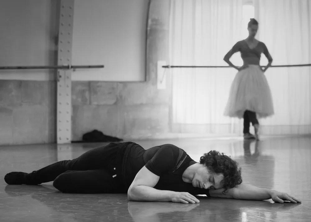 Dorothée Gilbert and István Simon rehearse Giselle, photo by Ann Ray Anne Deniau 1