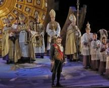Thomas Hampson as Scarpia, photo by Ken Howard, Santa Fe Opera
