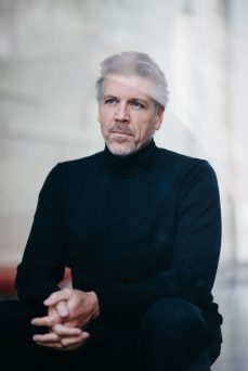 Thomas Hampson by Jiyang Chen 3