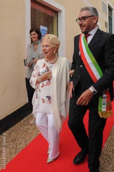 Renata Scotto with the Mayor, Alessandro Oddo photo by Alessandro Gimelli 3