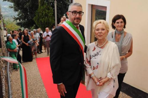 Renata Scotto with the Mayor, Alessandro Oddo photo by Alessandro Gimelli 4