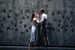 Akram Khan's Giselle, English National Ballet, © Dasa Wharton a04