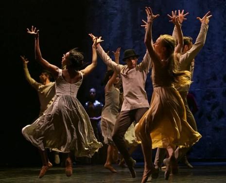 Akram Khan's Giselle, English National Ballet, © Dasa Wharton a13