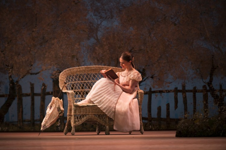 Marianela Nuñez as Tatiana, ©ROH, Bill Cooper, 2013