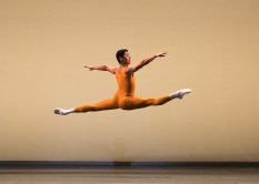 Tzu Chao Chou in Concerto, photo Andy Ross