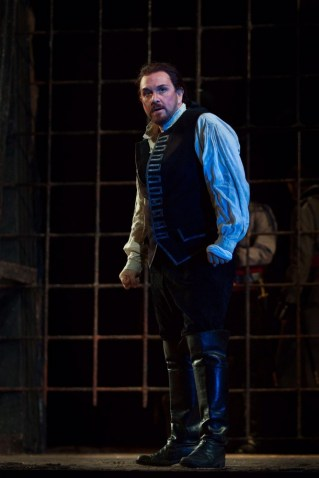In Trovatore at the Met