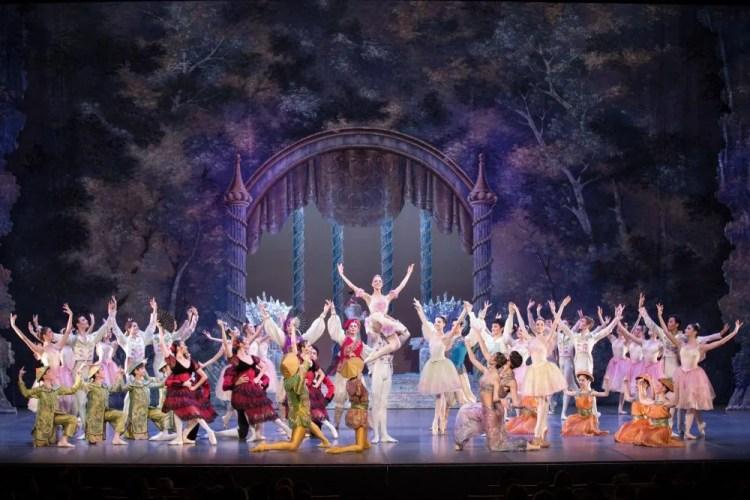 Nutcracker, La Scala Ballet Academy , choreography by Frédéric Olivieri, photo by Norman Rinaldi, 2015