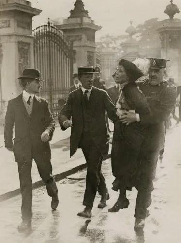Emmeline Pankhurst's arrest at Buckingham Palace by Central Press, 21 May 1914 © National Portrait Gallery, London