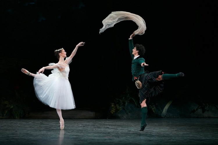 La Sylphide, English National Ballet, photos by Dasa Wharton 19