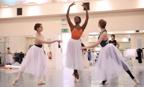 Precious Adams in rehearsals for La Sylphide © Laurent Liotardo