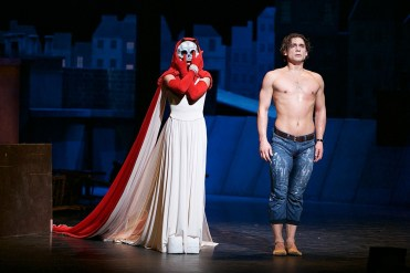 Tamara Rojo and Ivan Vasiliev in Le Jeune Homme et La Mort © Dasa Wharton 38