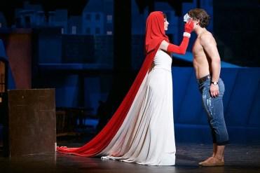 Tamara Rojo and Ivan Vasiliev in Le Jeune Homme et La Mort © Dasa Wharton 40