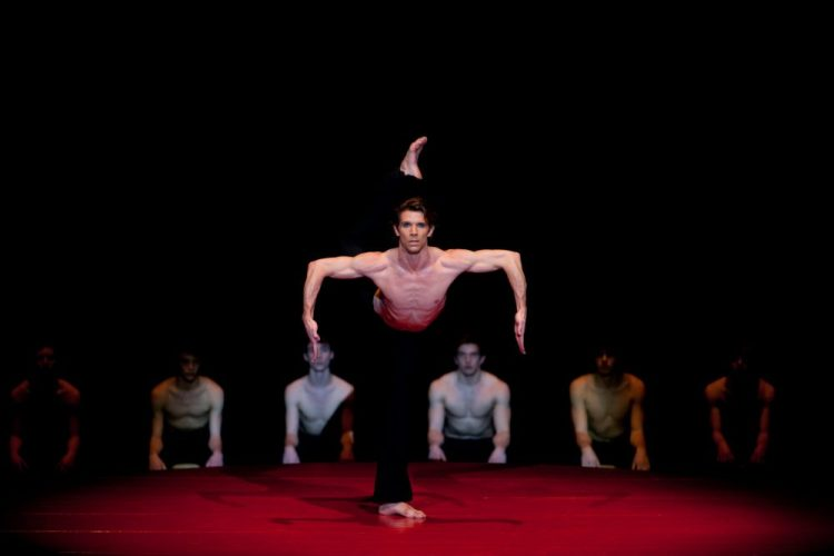 Julien Favreau dancing Boléro ©BBL, Ilia Chkolnik