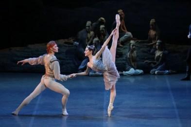 Le Corsaire, Nicoletta Manni and Timofej Andrijashenko, photo Brescia e Amisano, Teatro alla Scala 2018 01