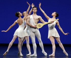 Apollo choreography by George Balanchine© The George Balanchine Trust Roberto Bolle, Nicoletta Manni, Martina Arduino, Virna Toppi, photo by Brescia e Amisano Teatro alla Scala