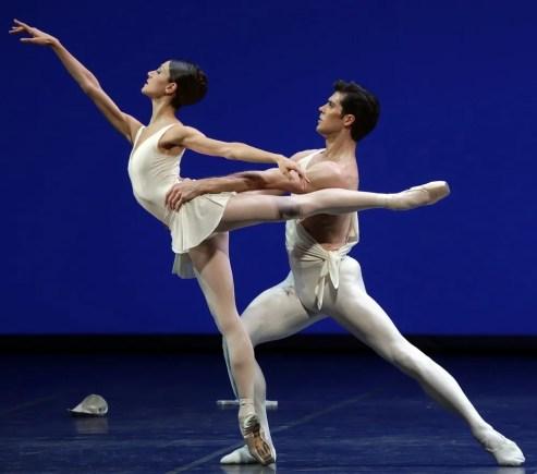 Apollo choreography by George Balanchine© The George Balanchine Trust Roberto Bolle, Nicoletta Manni, photo by Brescia e Amisano Teatro alla Scala (2)