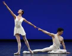 Apollo choreography by George Balanchine© The George Balanchine Trust Roberto Bolle, Nicoletta Manni, photo by Brescia e Amisano Teatro alla Scala
