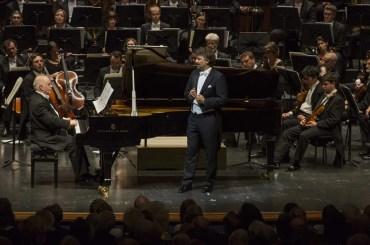 Daniel Barenboim accompanies Jonas Kaufmann's encore, © Salzburger Festspiele, Marco Borrelli