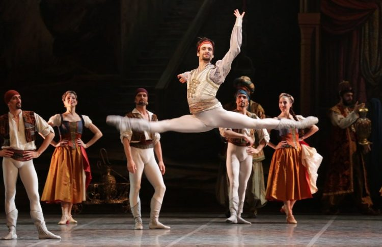 Le Corsaire with Marco Agostino, photo by Brescia & Amisano, Teatro alla Scala 2018