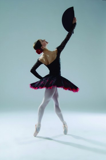 Marianela Nunez in Don Quixote, photo by Carlos Villamayor