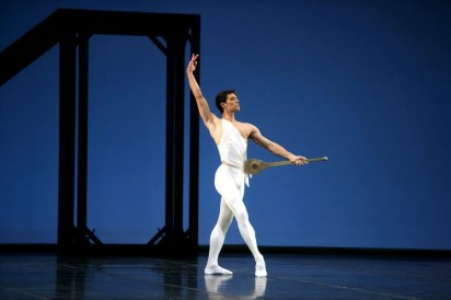 Roberto Bolle in Apollo by George Balanchine© The George Balanchine Trust photo by Marco Brescia, Teatro alla Scala 2