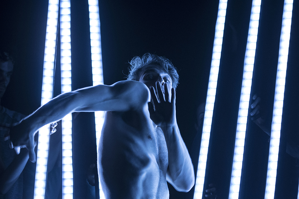 Robert Lepage and Guillaume Côté\'s new dance work Frame by Frame to ...
