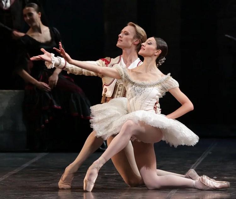25 Don Quixote with Nicoletta Manni, Timofej Andrijashenko © Brescia e Amisano, Teatro alla Scala 2018 (9)