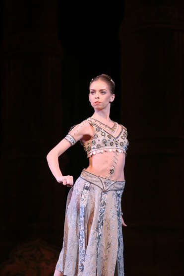 Ekaterina Krysanova As Gamzatti In La Bayadére, Photo By Elena Fetisova, Bolshoi Theatre, 2007