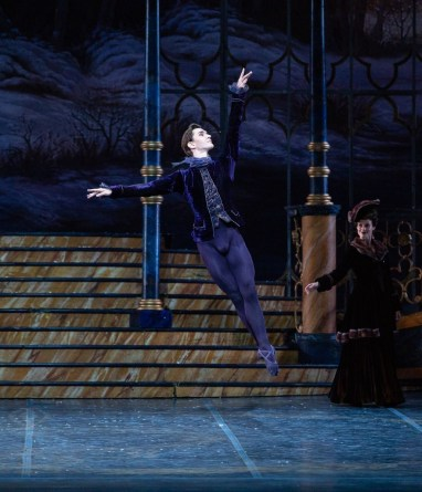 Vladislav Lantratov in The Sleeping Beauty, Rome Opera Ballet © Yasuko Kageyama
