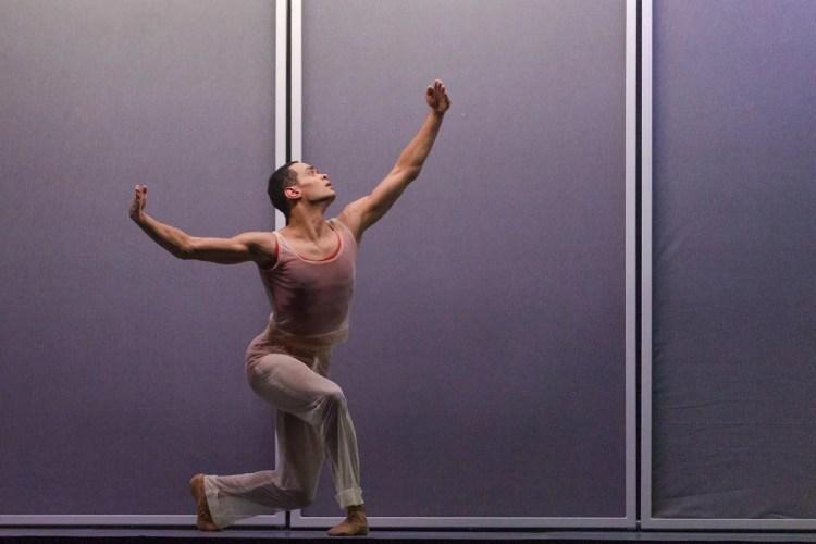 17 Embrace by George Williamson with Brandon Lawrence © Dasa Wharton, Birmingham Royal Ballet 2018