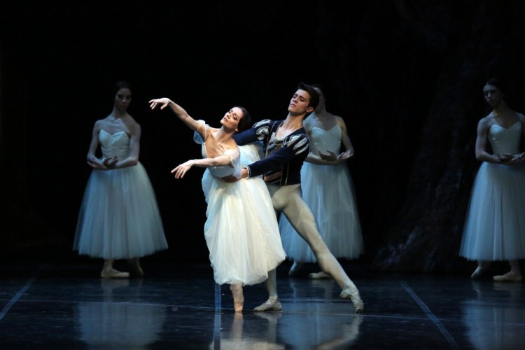Giselle Maria Eichwald and Claudio Coviello photo by Brescia e Amisano, Teatro alla Scala 03