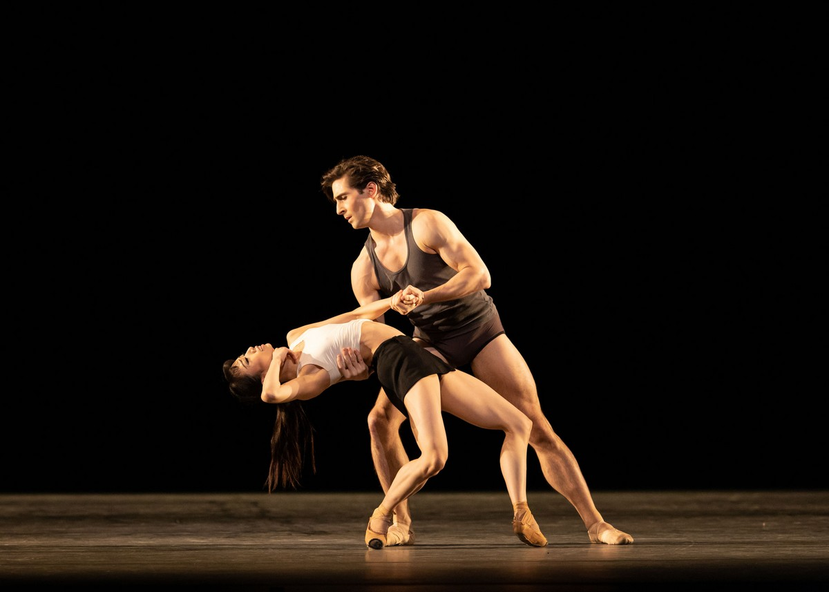 Infra. Akane Takada and Tristan Dyer ©ROH, 2018. Photographed by Helen Maybanks