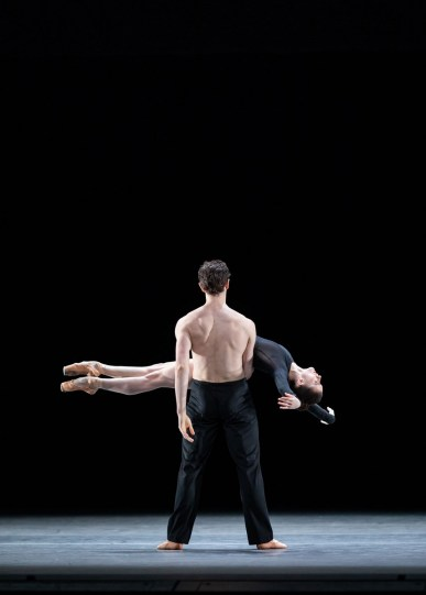 Infra. William Bracewell and Anna Rose O'Sullivan ©ROH, 2018. Photographed by Helen Maybanks 01