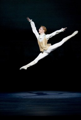 The Sleeping Beauty. Steven McRae as Prince Florimund. ©ROH, Joahn Persson, 2011