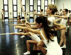 Rehearsals for Balanchine's The Nutcracker® at La Scala 03