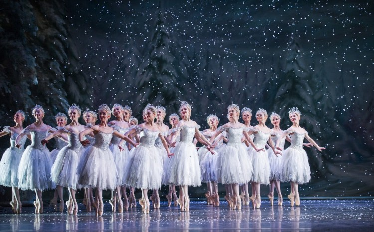 The Nutcracker. Artists of The Royal Ballet as the Snowflakes. ©ROH, 2015. Photographed by Tristram Kenton