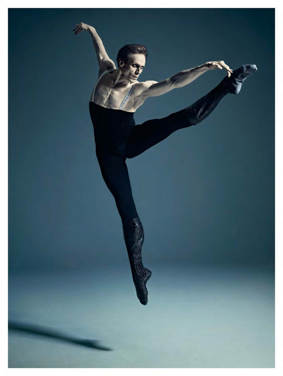 Edward in full flight as he becomes the monstrous and heart wrenching Leontes, in rehearsal for Christopher Wheeldon's The Winter's Tale